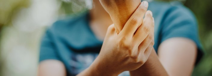 What's the difference between rheumatoid arthritis and osteoarthritis?