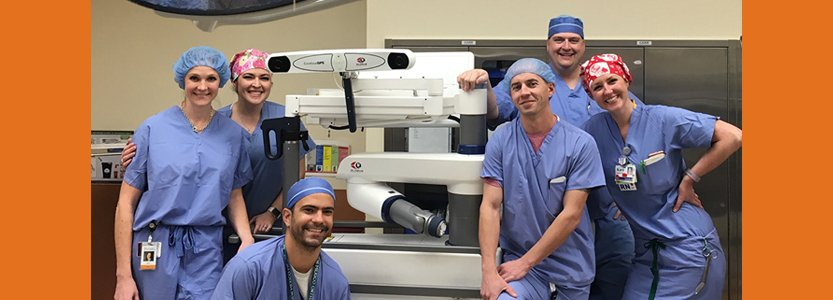 Dr. Ernesto Otero-Lopez and Team Celebrate 100th Robotic Surgery in SW United States
